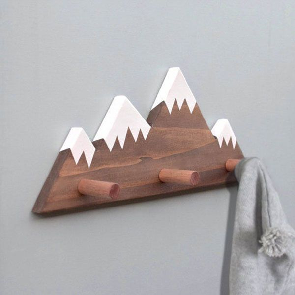 Snowy Mountain Peak Wall Pegs