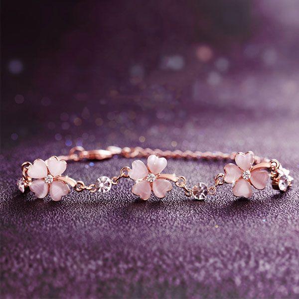 Crystal Clover Bracelet