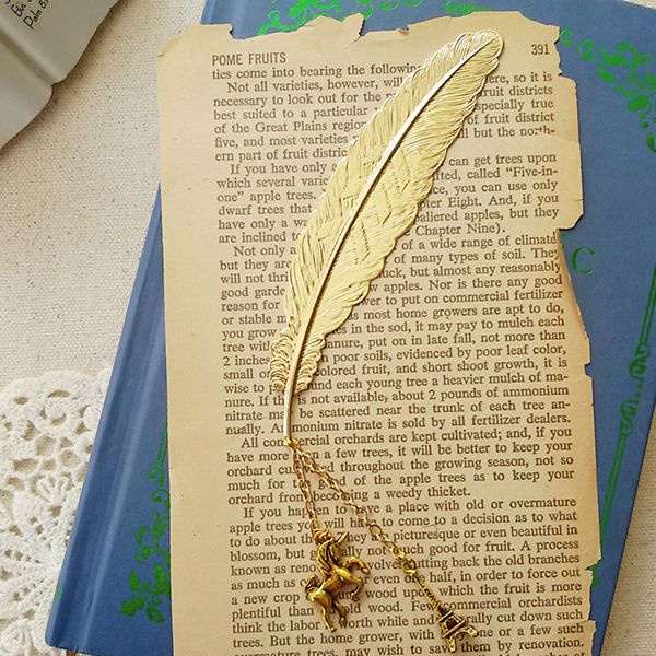 Metal Feather Quill Bookmark