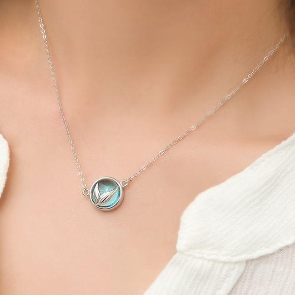 Thaya Mermaid Foam Crystal Necklace