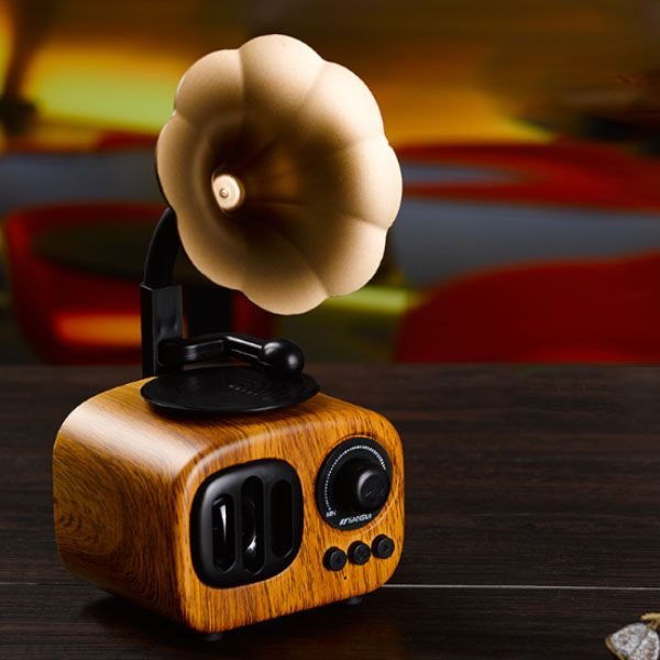 product thumbnail image for Retro Bluetooth Gramophone Speaker