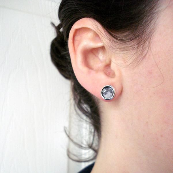 Birth Moon Small Stud Earrings Customized moon phase from your important date!