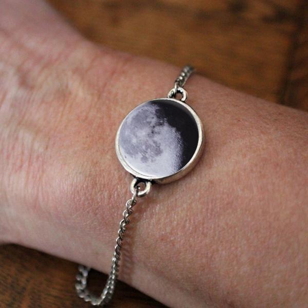 Birth Moon Antique Silver Adjustable Bracelet