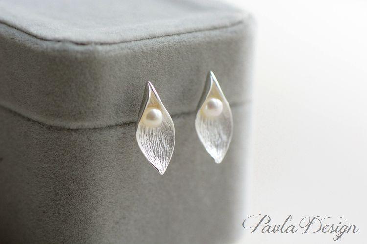 Pearl Drop Leaf Bracelet Handcrafted Silver Jewelry