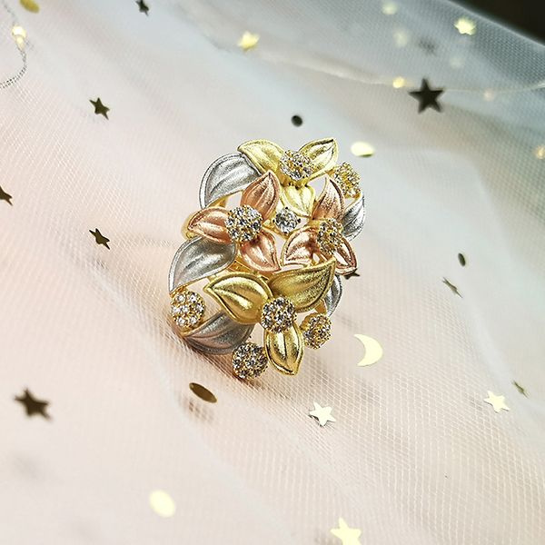 MosDream Hyacinth Zircon Ring